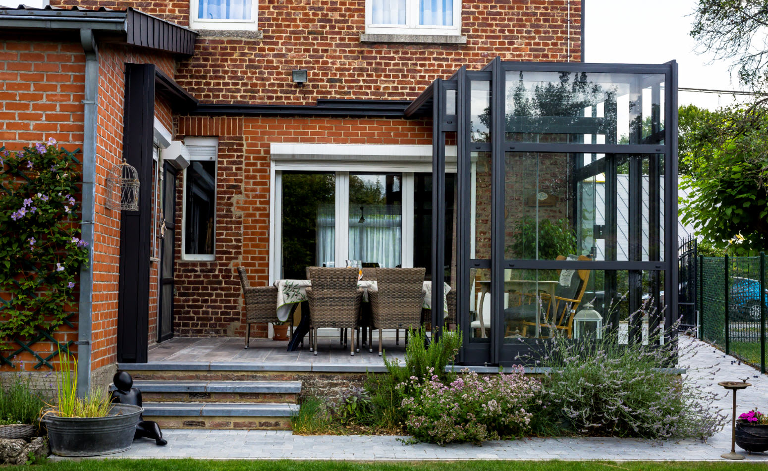 PatioScopic-Residential-Patio-Enclosure-Anthracite-Colour-Open-02